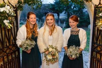 Gildings-Barn-Surrey-wedding-B-005a.jpg