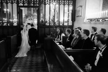 Gildings-Barn-Surrey-wedding-B-007.jpg