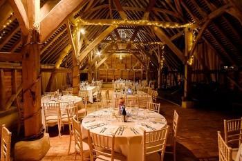 Gildings-Barn-Surrey-wedding-B-009a.jpg