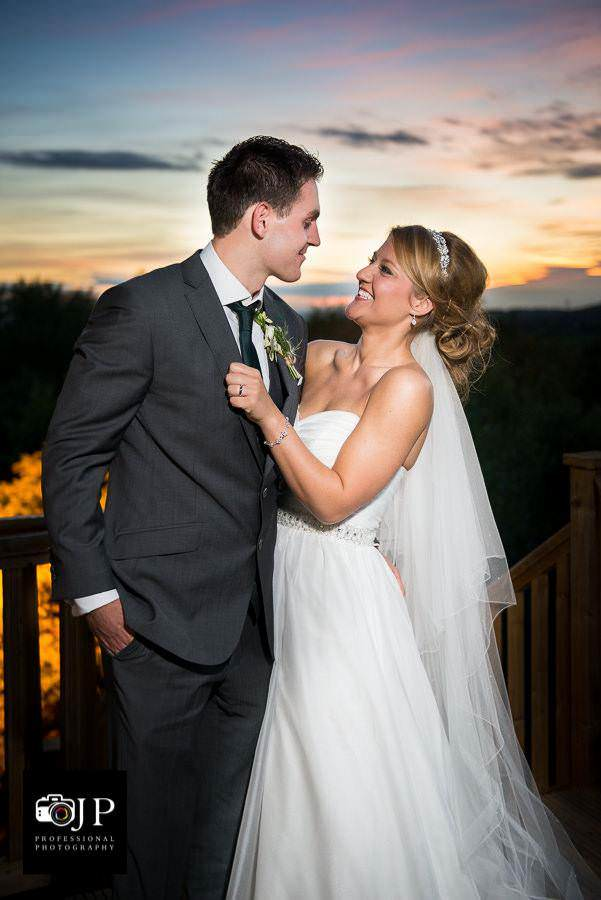 Alfreton Based Wedding Photographer Jessica Perkins Photographs Weddings In The East Midlands Including Nottinghamshire Peak District And Derbyshire