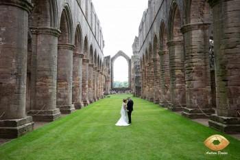 fountains_abbey_wedding_photography_009.jpg