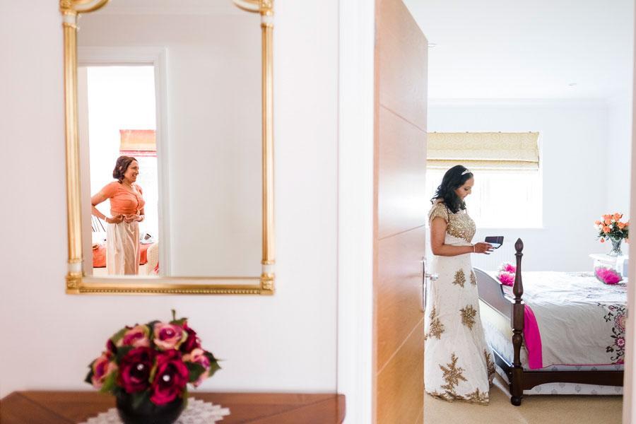 London wedding photography - Bridal Preps