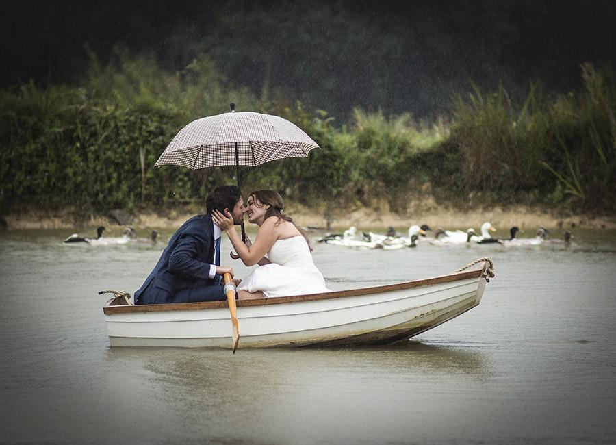 Bride and Groom in rowing boat